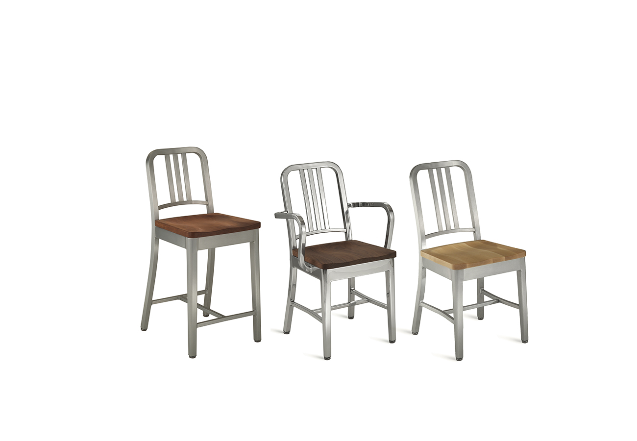 1104 Navy Collection with Wood Seat