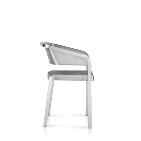 SOSO STACKING ARMCHAIR